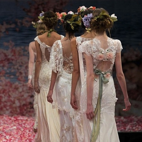 Claire pettibone wedding dresses feature unique backs for Where to buy claire pettibone wedding dress