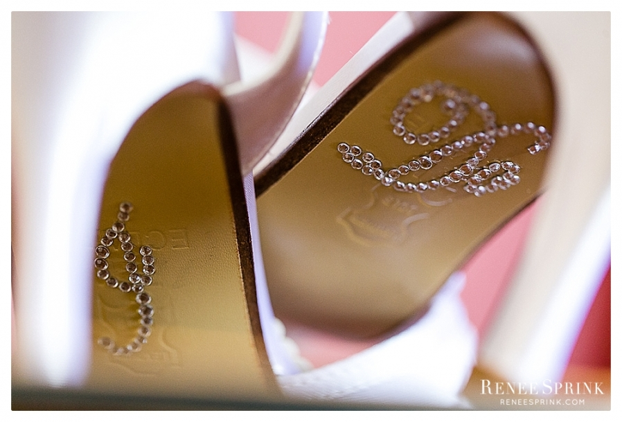 Garden-on-Millbrook-Raleigh-wedding_Danielle-Josh-4